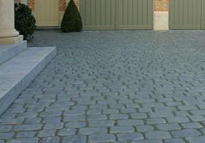 courtstones natural belgian blue 2
